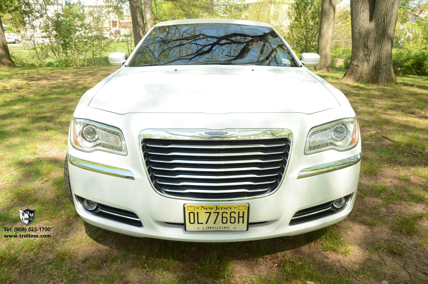 (202) 10 Passenger Chrysler 300 With Jet Doors (White) Exterior 2 » TRU LIMO & 202) 10 Passenger Chrysler 300 With Jet Doors (White) Exterior 2 ... Pezcame.Com