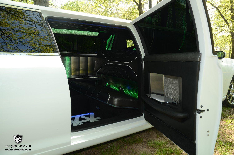 (202) 10 Passenger Chrysler 300 With Jet Doors (White) Exterior 9 » TRU LIMO & 202) 10 Passenger Chrysler 300 With Jet Doors (White) Exterior 9 ...